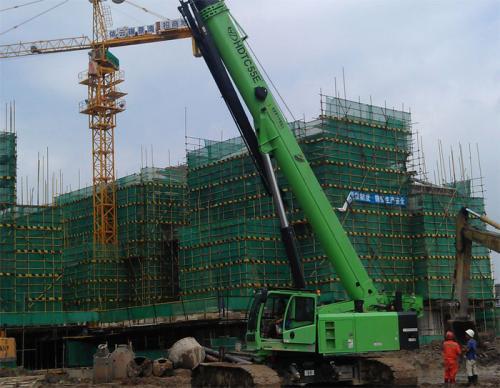 建筑工地上的工作人员如何上到二十层甚至三十层的呢?